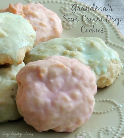 Grandma'S Sour Cream Sugar Cookies Recipe
