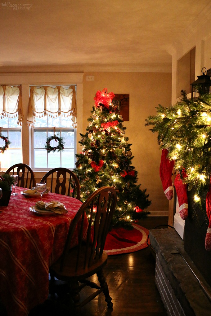 Christmas Home Tour | Cozy Country Living
